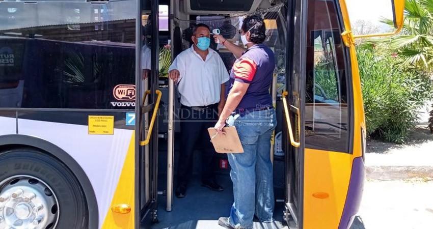 Refuerzan medidas de prevención en el transporte público