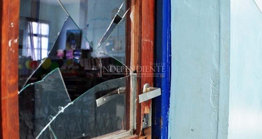 Ola de robos contra escuelas de BCS; 6 escuelas vandalizadas en un mes