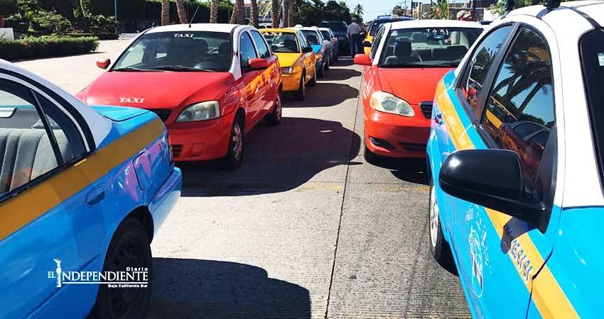 Estallan protestas por la entrada de Uber a BCS
