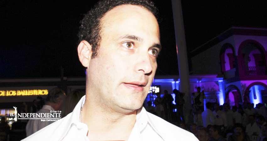 Aún no se logra cubrir todo el estado con electrolineras, informa senador Juan Fernández