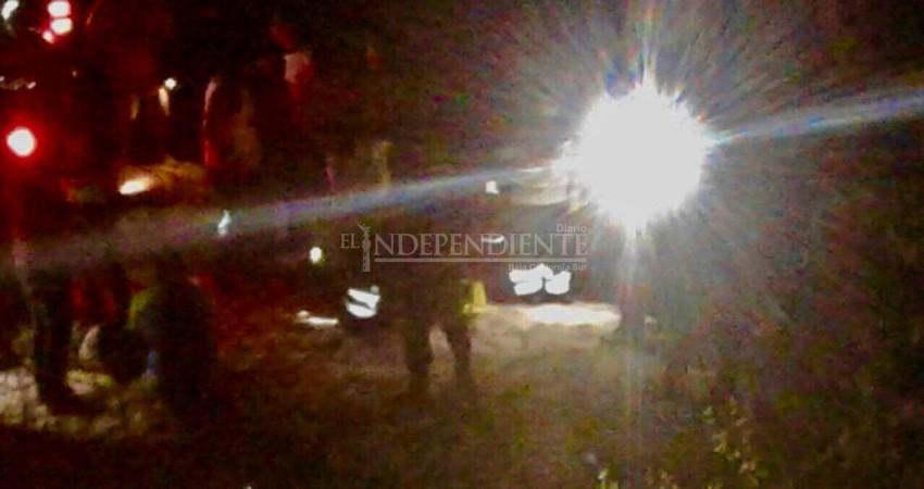 Tras persecución en La Paz vuelca camioneta con militares a bordo