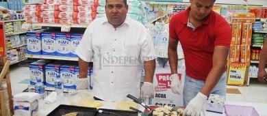 """Instalan """"Feria Regional BCS"""" en tiendas Ley de La Paz"""
