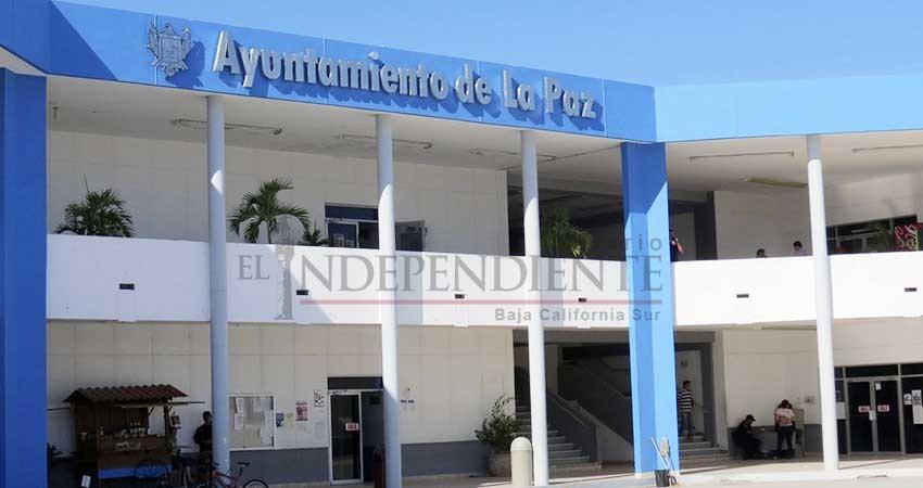 Se retira Armando Martínez con múltiples deudas en su gestión