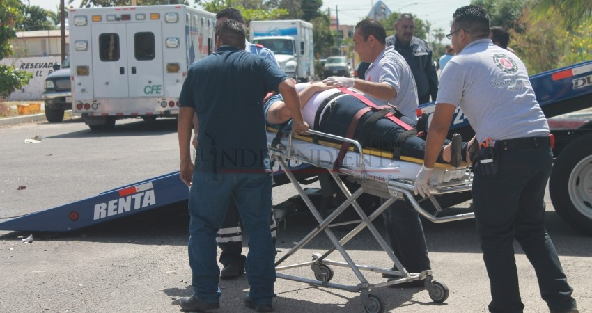 Denuncian déficit de ambulancias en La Paz