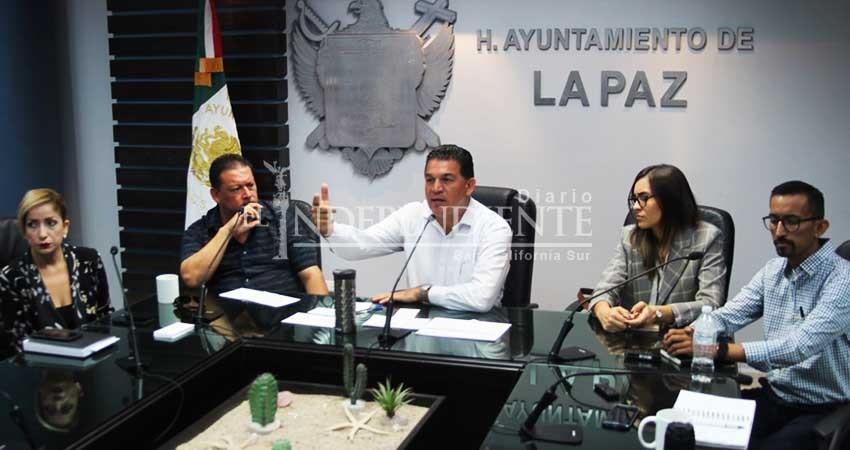 Ya no se permitirán anuncios en vía pública de La Paz: Ayuntamiento