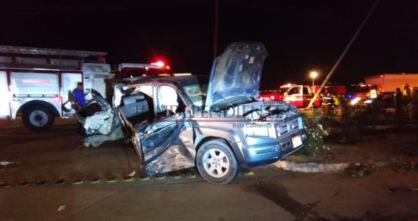 Aparatoso accidente vehicular cobra la vida de un menor de edad en CSL
