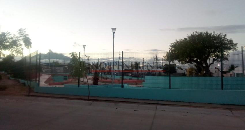 Rehabilitación del parque en Villa Bonita quedó concluida, pero sigue bajo llave