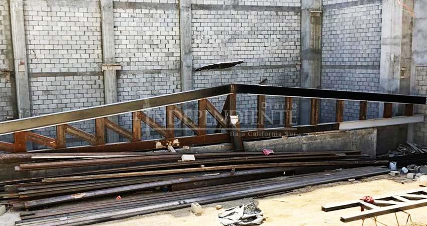 Por pésima calidad en obras de rehabilitación del teatro Lomelí Ceseña, comparece empresa constructora