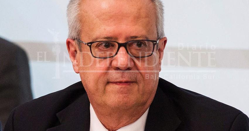 "Pide gobernador BCS a AMLO ""reconocer errores"" tras renuncia de Urzúa"