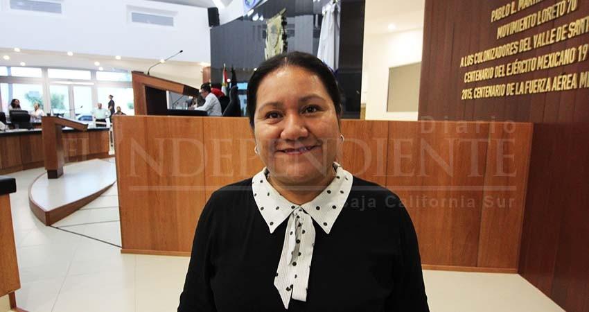 Conoce gobernador ley indígena, no puede deslindarse: Petra Juárez