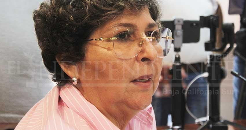 Regidora denuncia ante la FGR delitos ambientales en Estero de SJC