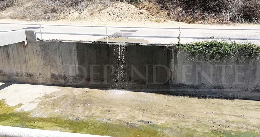 Contaminado el canal pluvial de Miramar con aguas negras