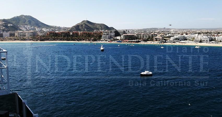 Playa El Médano reporta 85% de ocupación durante temporada decembrina