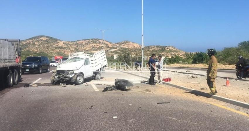 Aparatoso accidente en el Corredor Turístico de Los Cabos