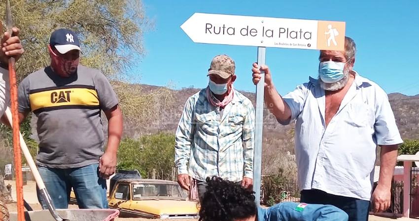 """Instalan señalética en """"Ruta de la Plata"""" en San Antonio"""