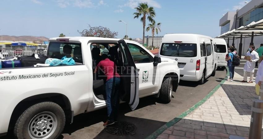 Llegan a BCS refuerzos para apoyar al personal de hospitales en Los Cabos