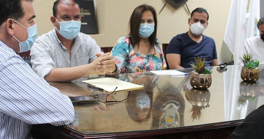 Se reunió alcalde de La Paz con la representación de restaurantes y prestadores de servicios turísticos