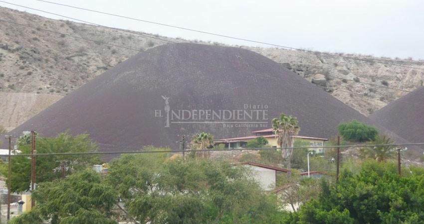 Se llevan cerros de escoria de Santa Rosalía; Felipe Prado aprobó venderlos