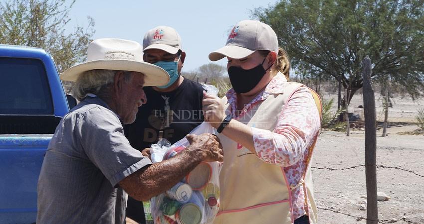 DIF La Paz continúa entregando despensas a familias de la zona rural al norte de La Paz