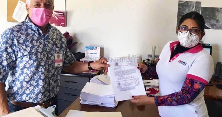 INE de BCS entrega lista nominal de electores impresa para la consulta popular