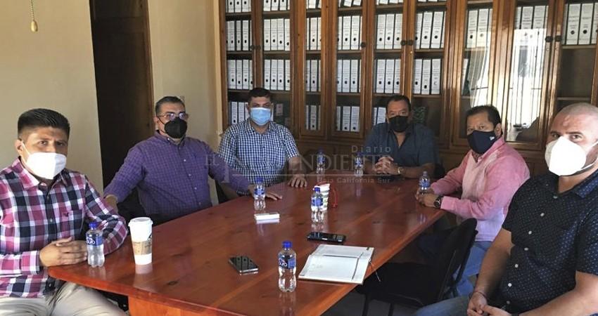 Presentan en FISTESNTE a Carlos Gutiérrez como nuevo representante del CEN del SNTE en BCS