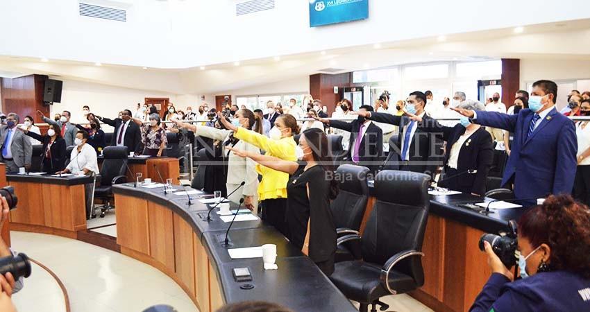 Queda instalada la XVI Legislatura al Congreso del estado de BCS