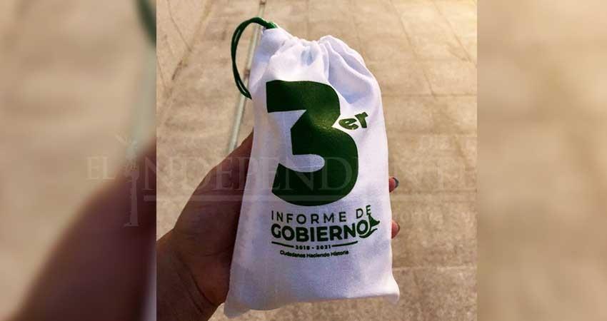 Lujoso cóctel y regalos para invitados, en el último informe de Armida Castro