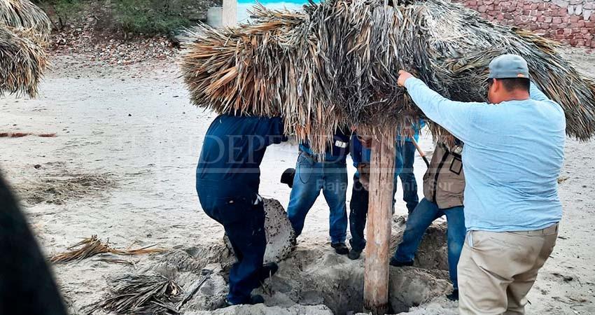 "Hoy reabren playa ""El Coromuel"""