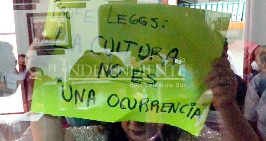 Protesta la comunidad artística de Los Cabos; piden cambio de titular en la Dirección de Cultura